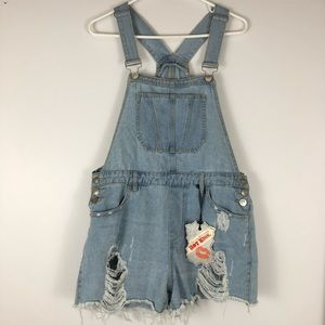 Pants - NWT HotKiss Ava shorts Overall size 12 distressed